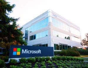 Microsoft køber LinkedIn for 26 mia. kroner